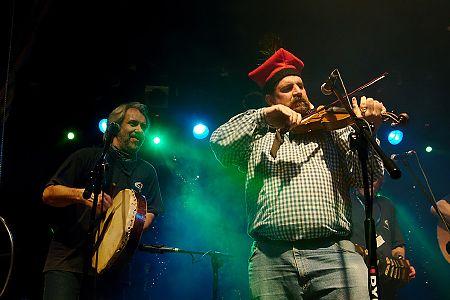 foto z Simonem Spaldingiem<br>Shanties 2009