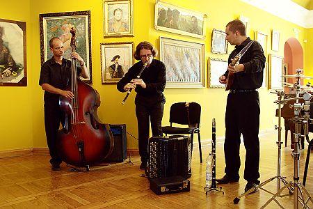 zdjĂŞcia <b>Sarakina</b><br>Koncerty przed hejnałem<br>Ratusz, Białystok